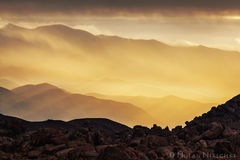 alabama hills, sunrise, wind, owens valley, sun, rays, eastern sierra, california